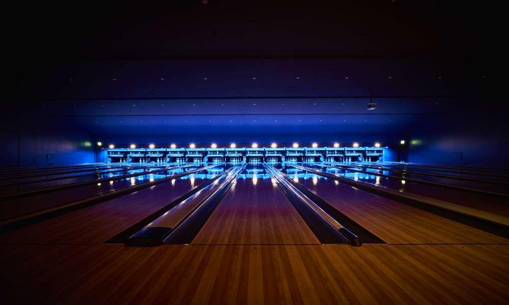 CuBAR Bowling Lounge